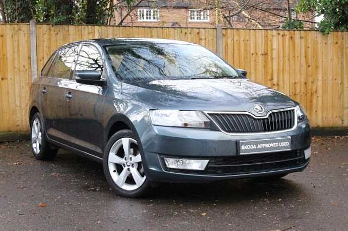 SKODA Rapid 1.2 TSI (90PS) SE Tech DSG Spaceback